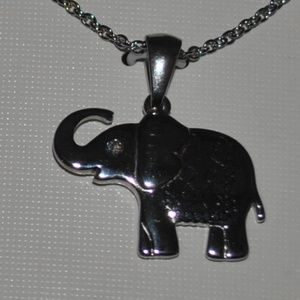 Silver colored Elephant necklace